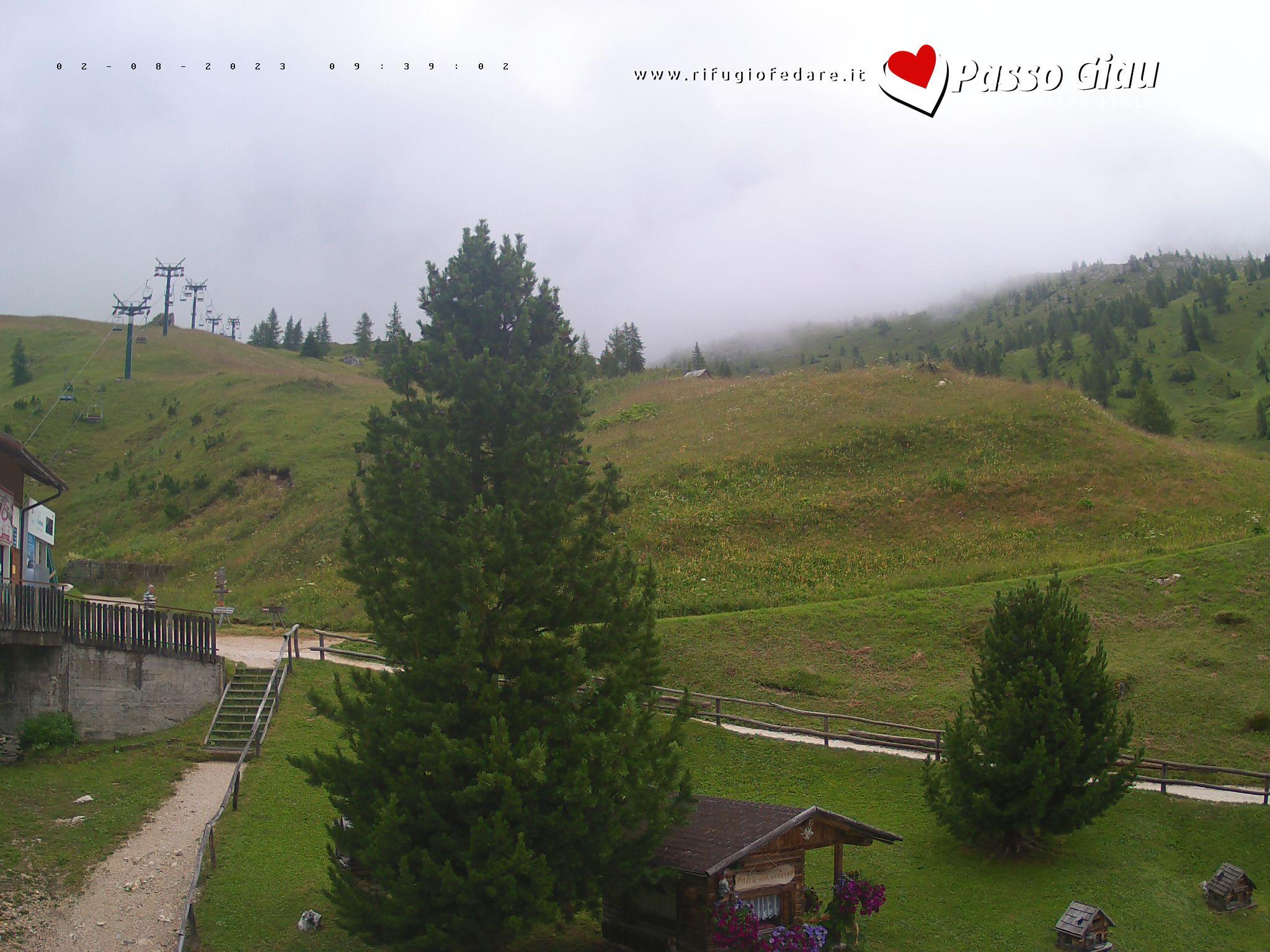 WebCam Rifugio Fedare vista Monte Averau | Nuvolao |Dolomiti Supe rski