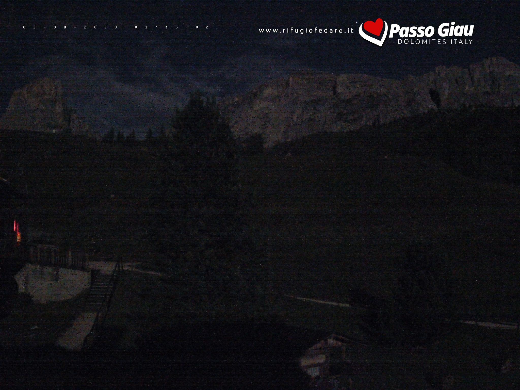 Cable car fedare Giau from Mountain Hut Rifugio fedare
